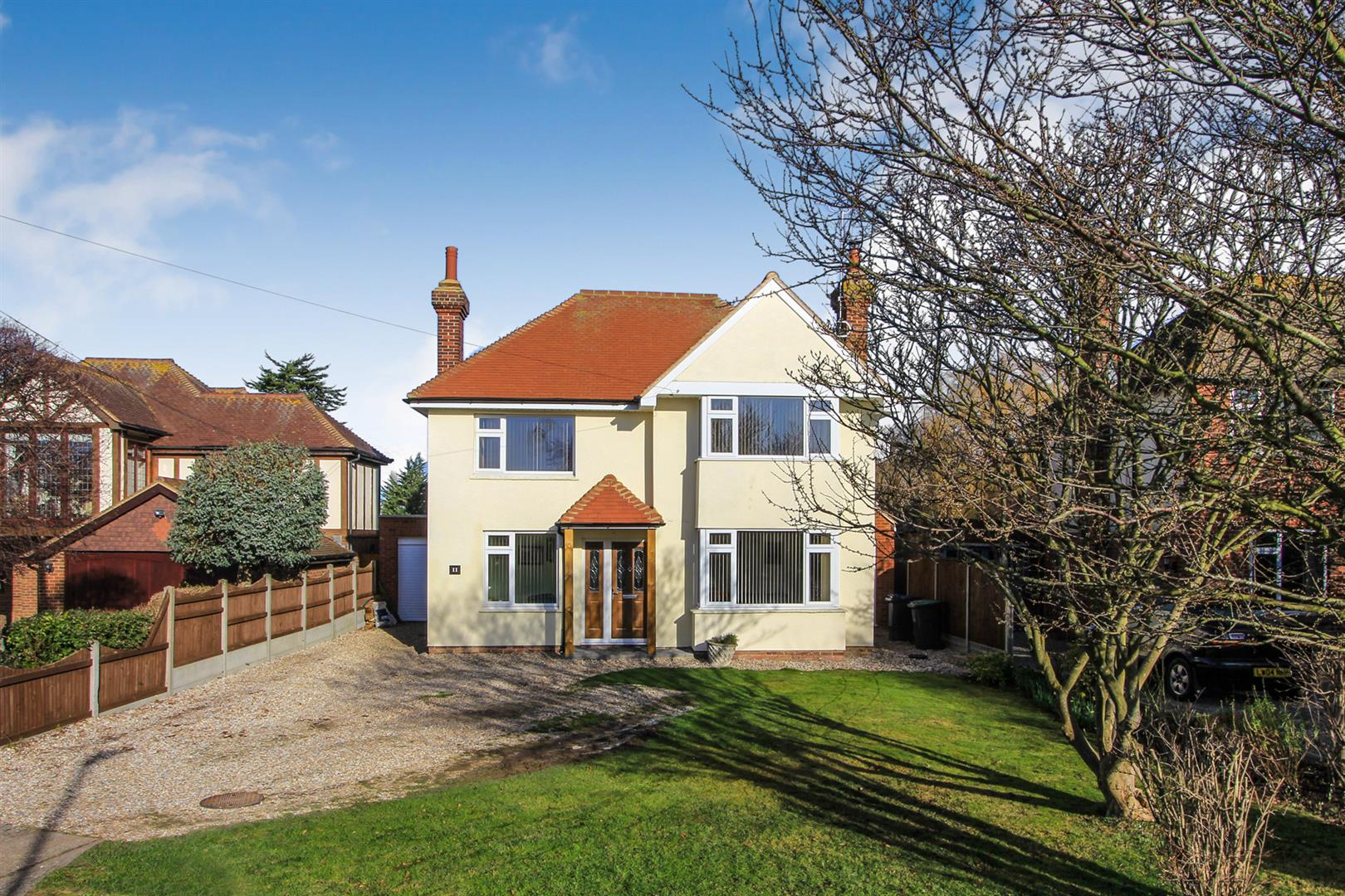 5 Bedrooms Detached House for sale in Chestfield, Cherry Orchard, Whitstable
